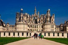 Замки Луары самостоятельно из Парижа